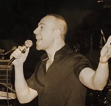 Auteur-compositeur-interprète israélien
